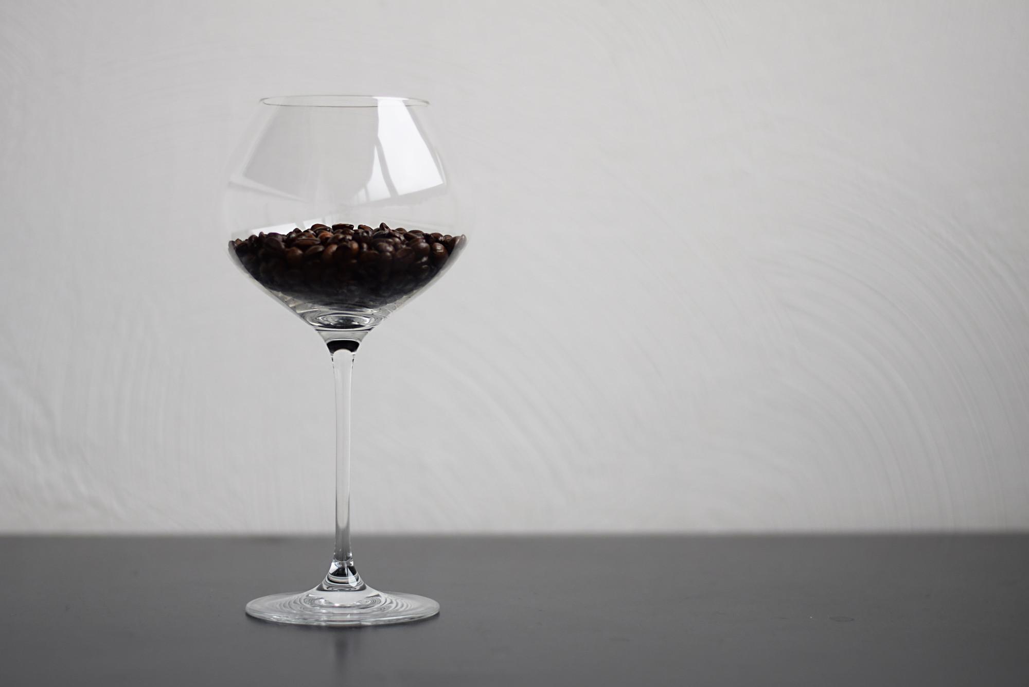 Помидоры, кофе и розы: из чего делают самые необычные вина