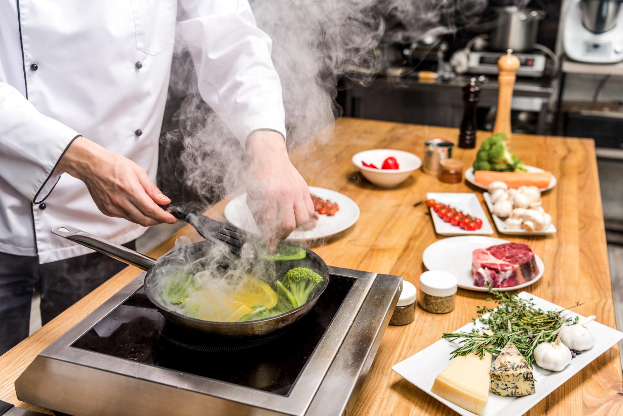 7 шеф-поваров, которые отказались от звезд Мишлен и не жалеют об этом