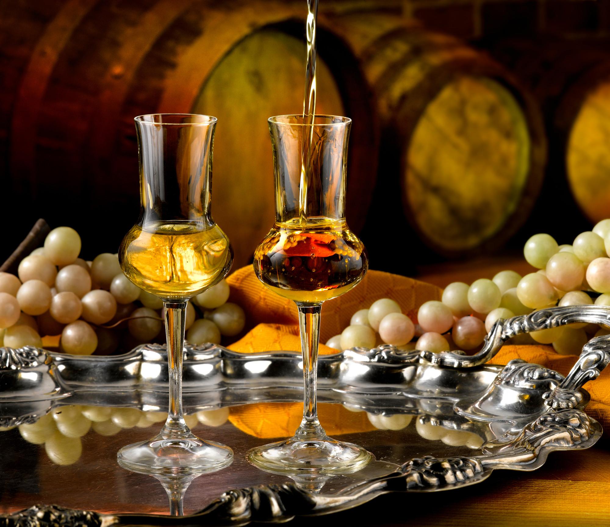Граппа: все, что нужно знать о благородном напитке