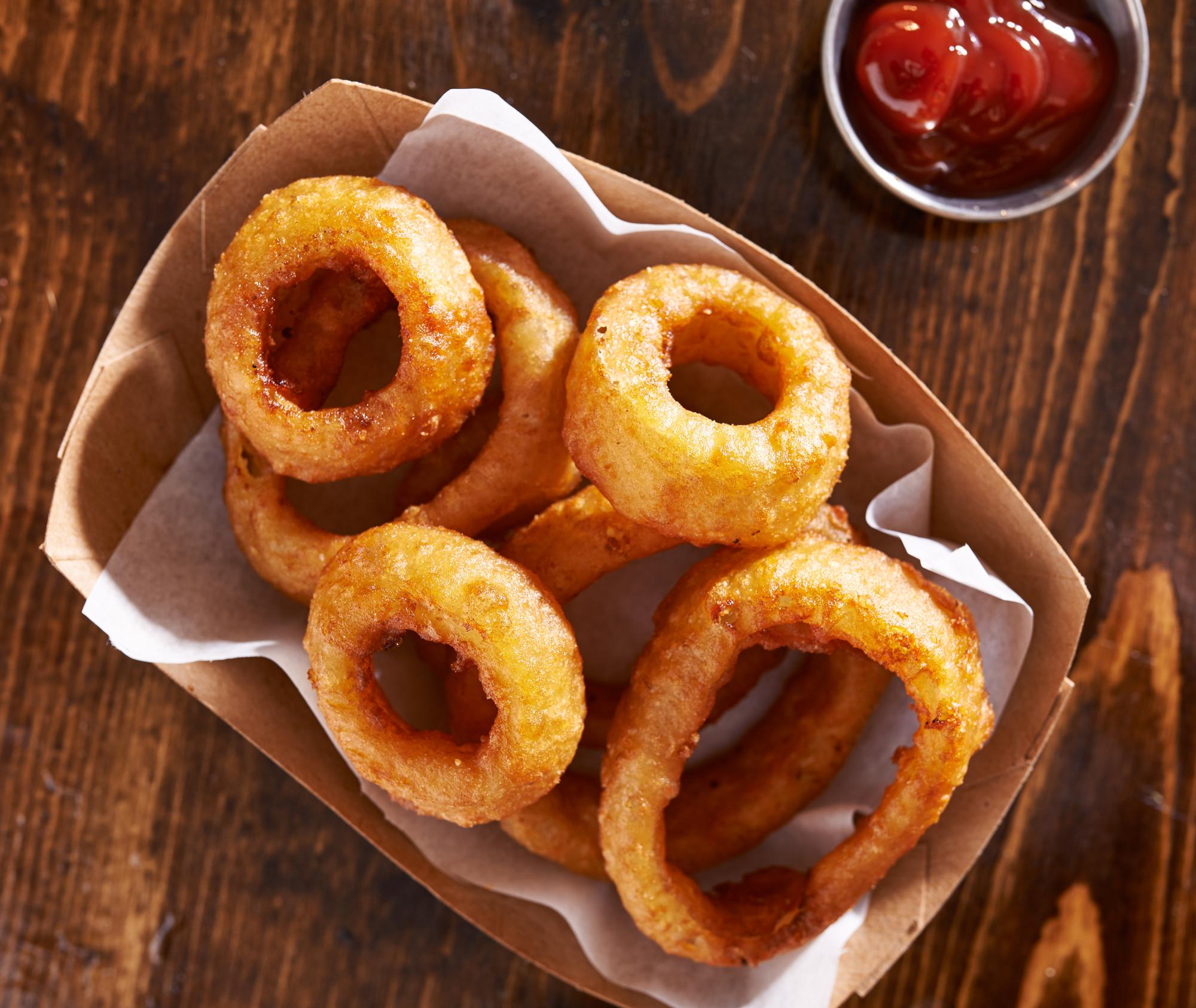10 блюд, которые лучше не заказывать на первом свидании