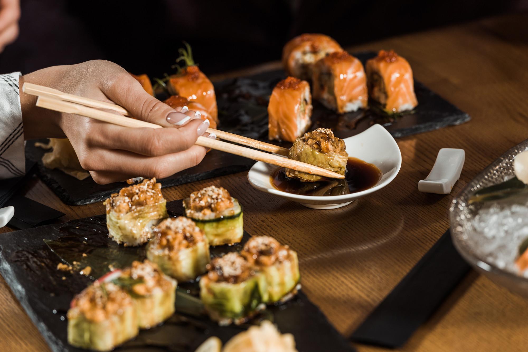 8 стран с самыми необычными законами о еде